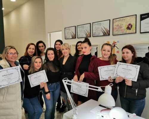 nails college